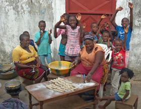 photo New Hope Children's Village preparing meal